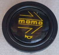 MOMO horn button 1